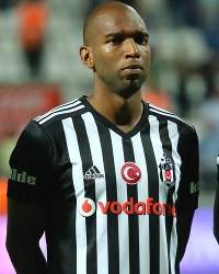 Fulham brought in experienced Dutch winger Ryan Babel from Besiktas